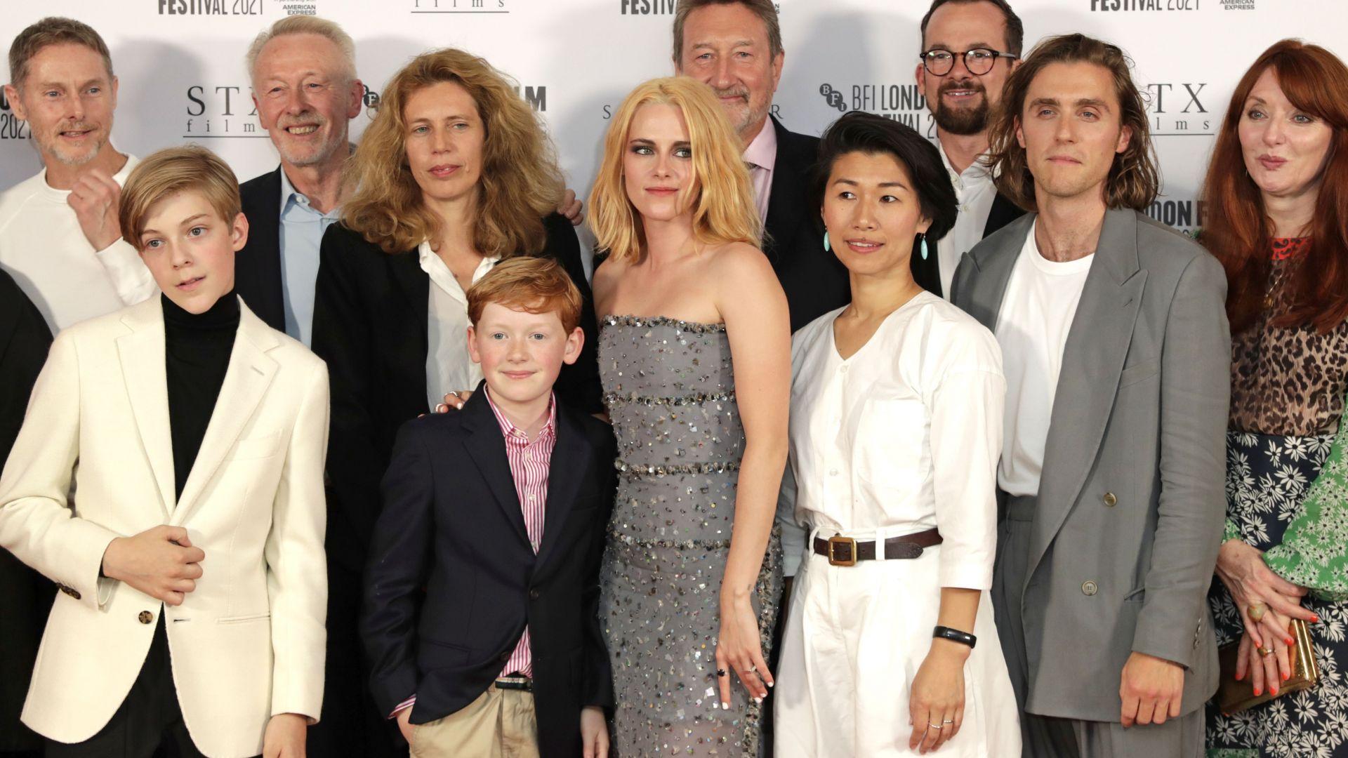 Аплодираха Кристен Стюарт като Лейди Даяна в Лондон