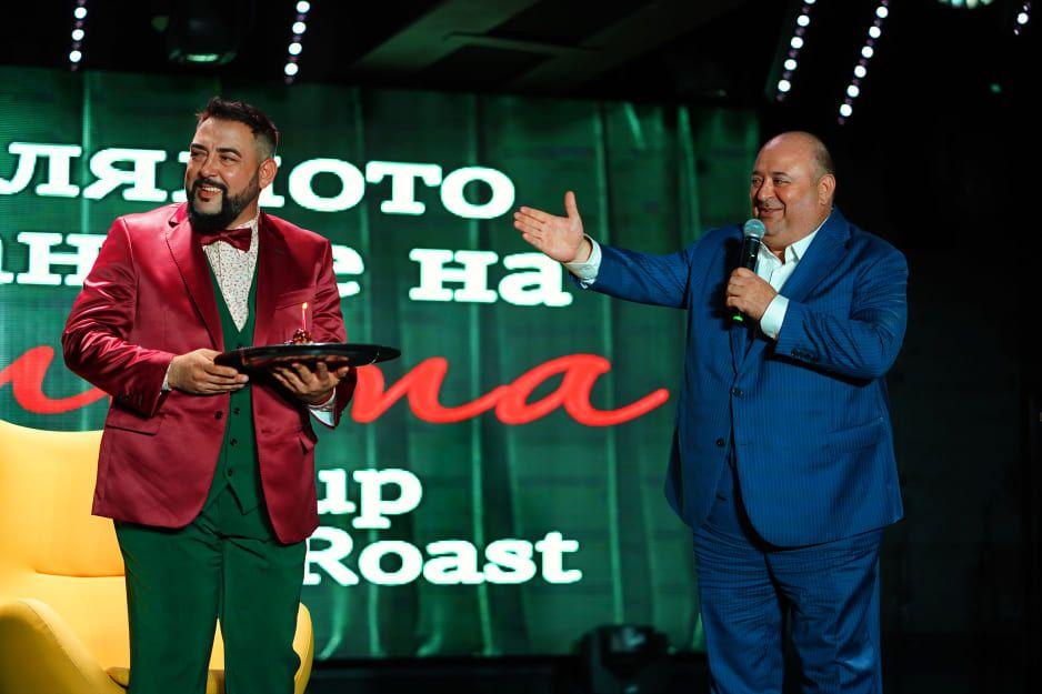 """Момент от първото голямо Comedy Roast Show """"Голямото хранене на Устата"""", в което се появява и Любо Нейков, през миналата година"""