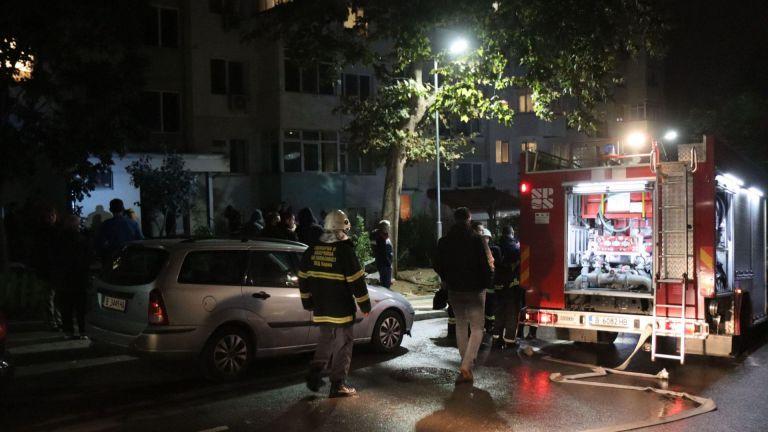 Две малки деца загинаха в пожар на апартамент във Варна (ВИДЕО/СНИМКИ)