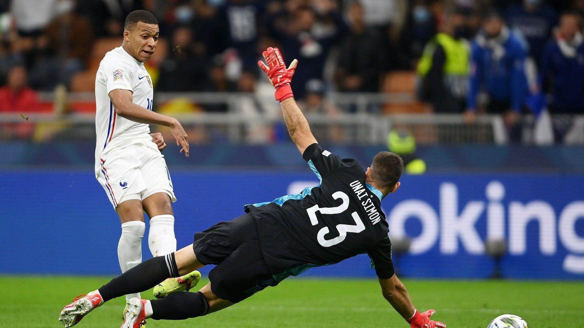 Защо съдиите нe отмениха победния гол на Франция?