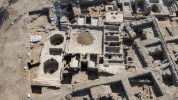 Израелски археолози откриха древна винарна на 1500 години