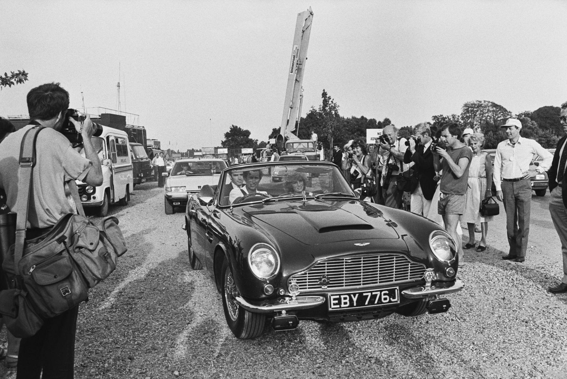 """Чарлз вози Даяна в """"Aston Martin""""през 1984 г."""