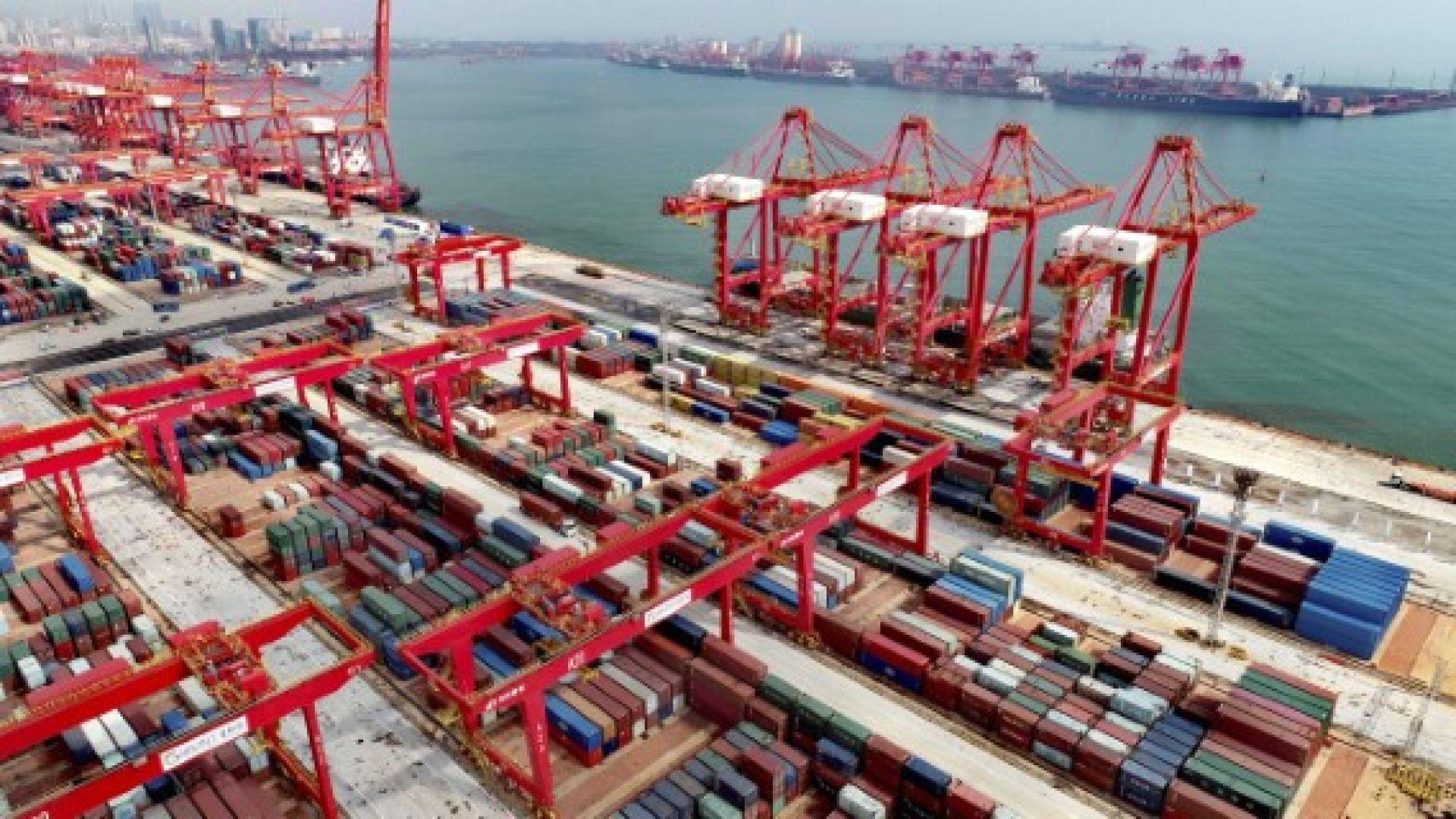 Китайският търговски излишък със САЩ достигна месечен рекорд
