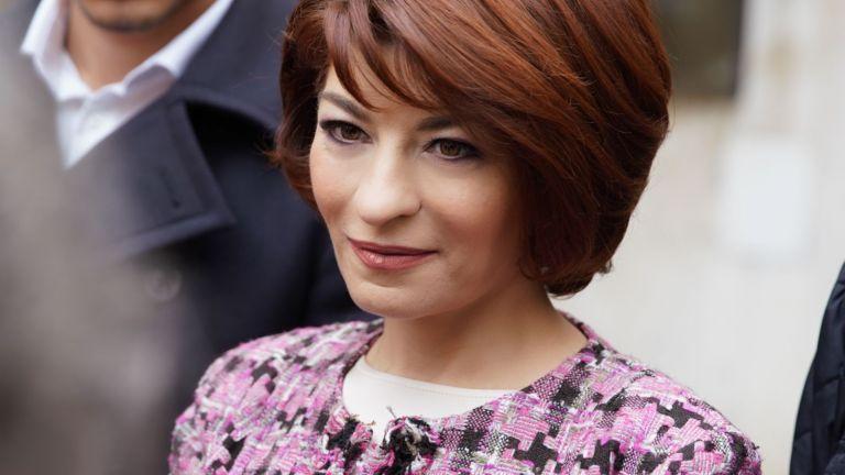 Десислава Атанасова е юрист, депутат от ГЕРБ във всички парламенти