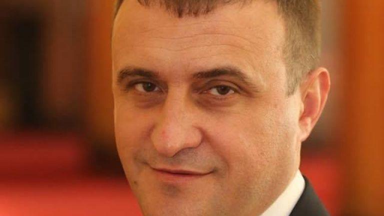 Ахмед Ахмедов е заместник-председател на ДПС и член на Централното