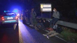 Голяма група мигранти бяха задържани тази нощ на Подбалканския път
