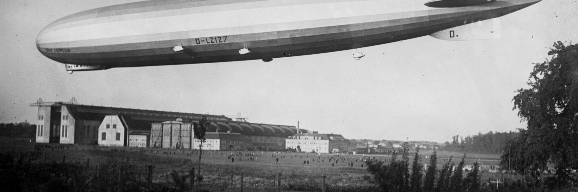 """Гигантският """"Граф Цепелин"""" и първият пътнически полет между Европа и САЩ (снимки)"""