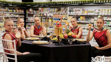 Златните момичета, група Jeremy?, три жени с кауза и шеф Михалчев са част от юбилеен проект на ФАНТАСТИКО