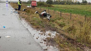 """Пътник е в тежко състояние след катастрофа между ТИР и кола на """"Хемус"""""""