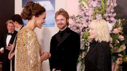Били Айлиш нарушила цял списък с правила при срещата си с принц Уилям и Кейт