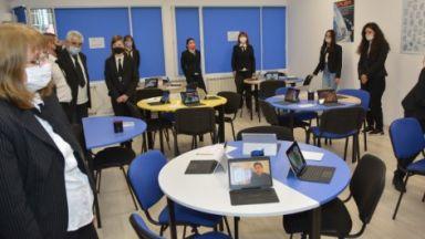 Център за технологии в креативните индустрии бе открит в русенско училище