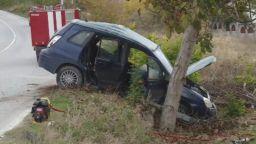 Мъж загина при тежка катастрофа между кола и автобус край Варна
