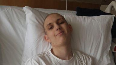 15-годишният Ники, за когото хиляди дариха, изгуби битката с рака