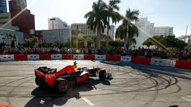 Формула 1 обяви календар с рекордните 23 състезания за 2022 г.