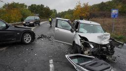 Двама души са пострадали при челна катастрофа в Хасковско