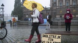 Грета Тунберг пя и танцува на концерт, посветен на климатичната кауза