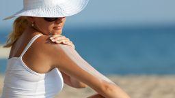 Някои слънцезащитни кремове губят ефективност и дори стават опасни