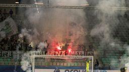 Масов бой между фенове прекрати дербито на Словакия
