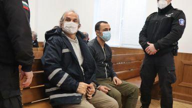 """Капитанът на """"Вера су"""" и вторият му помощник остават в ареста"""