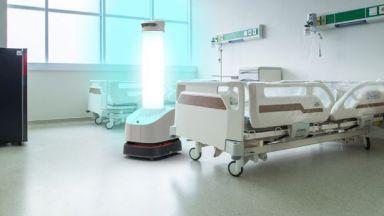 Робот се включва в борбата срещу вирусите в пловдивска болница