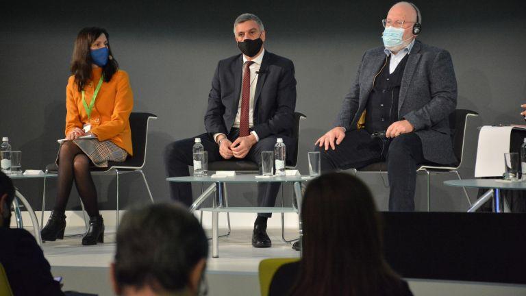 На 15 октомври и стартирахме сериозния обществен дебат за Зеления