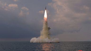Пхенян извърши успешен тест на балистична ракета, изстреляна от подводница