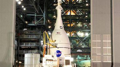 Лунният кораб на НАСА е готов
