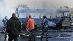 Най-малко 14 загинали сирийски войници при бомбена атака срещу военен автобус