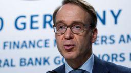 Шефът на Бундесбанк се оттегля