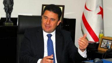 Премиерът на кипърските турци подаде оставка след секс компромат