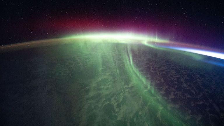 Как изглежда полярното сияние от Космоса (снимки)