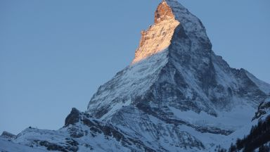 Двама млади мъже загинаха при изкачване на връх Матерхорн