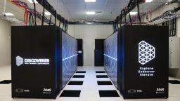 Заработи българският суперкомпютър Discoverer (снимки)