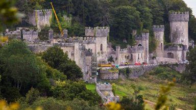 Този изоставен 200-годишен замък в Уелс си има собствен призрак