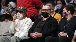 """Джак Никълсън се завърна - гледа мач на любимия си """"Los Angeles Lakers"""""""
