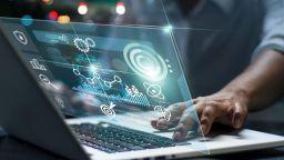 Софтуерна компания стартира безплатно онлайн обучение в Бургас