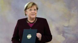 Меркел получи документ за освобождаване от поста
