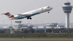 Грийнпийс иска да се забранят късите полети в ЕС и да се заменят с влак